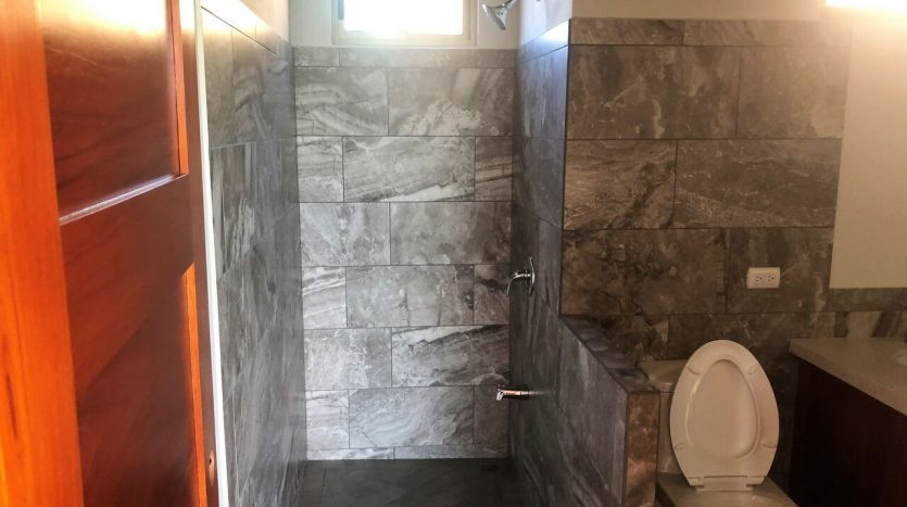 Bathroom in house for sale Atenas Costa Rica