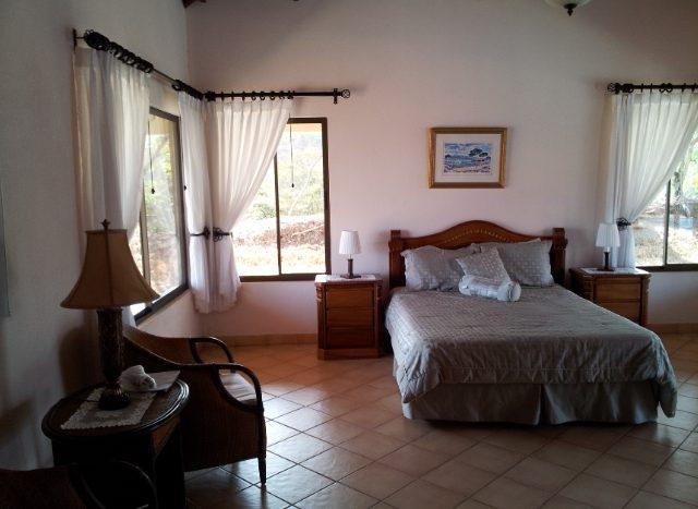 Pura Vida bedroom. House for sale Atenas