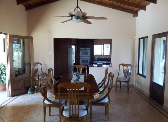 Atenas house sale, dining room, Costa Rica
