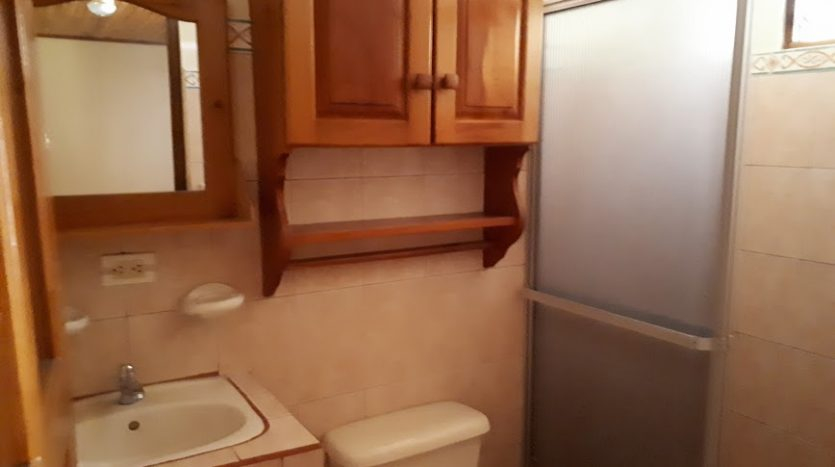 bathroom house for sale Atenas Costa Rica