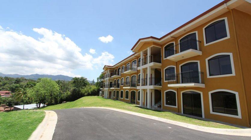12 apaprtment hotel for sale, Atenas, Costa Rica