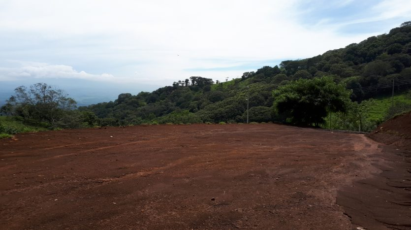 Large building lot for sale in Atenas Costa Rica