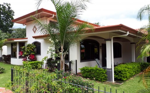 gated community house for sale in Atenas in Costa Rica