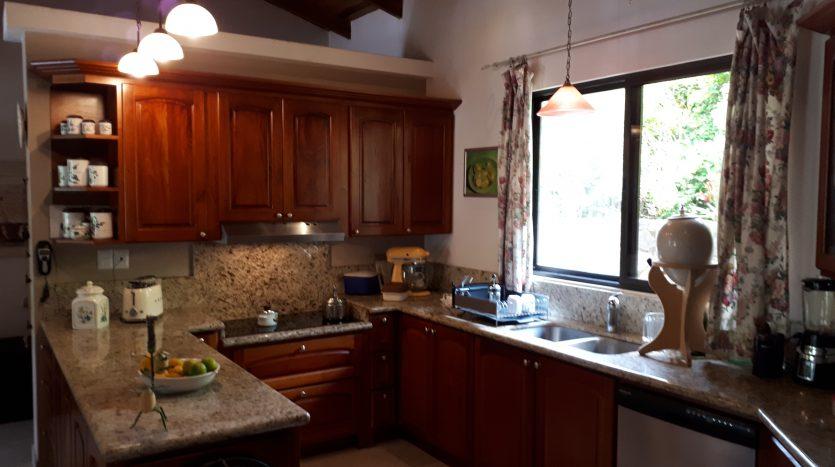 casa a la venta en Atenas Costa Rica