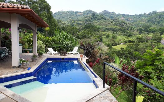 Costa Rica real estate house for sale in Atenas