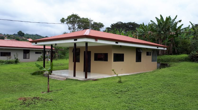 Costa Rica house for sale in Sarchi