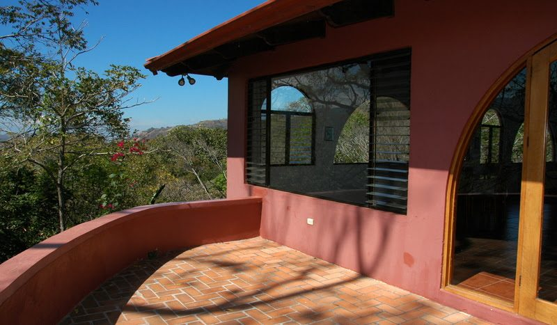 House and hotel for sale in Atenas in Costa Rica
