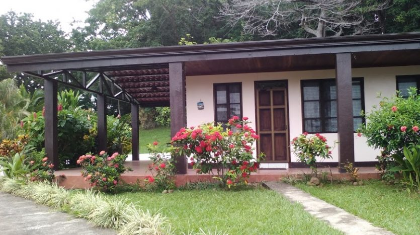 2 houses for sale in Atenas Costa Rica