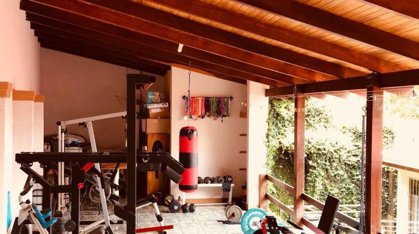 bienes raices de Atenas vende casa en Costa Rica