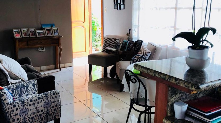 House in Atenas Costa Rica best climate for sale