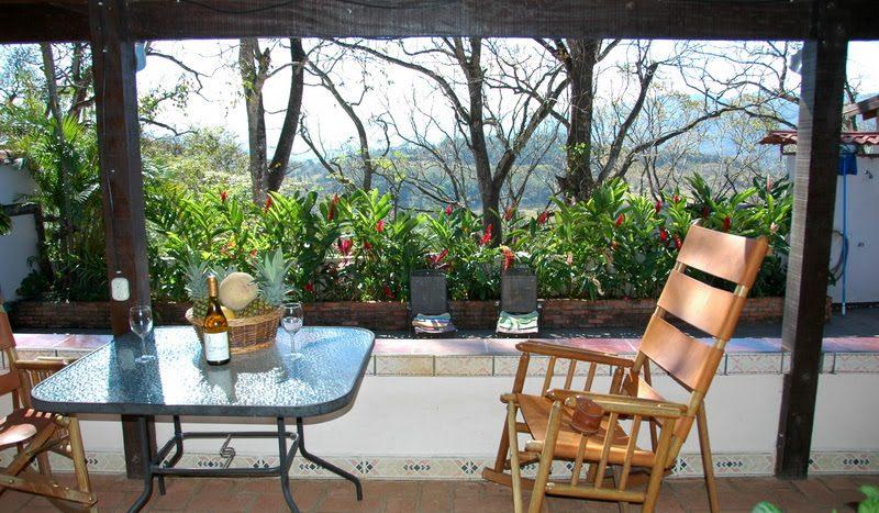 real estate B&B hotel potential for sale in Atenas in Costa Rica