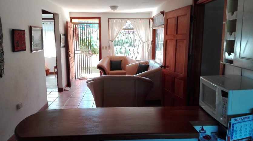 pura vida best climate house for sale in Atenas