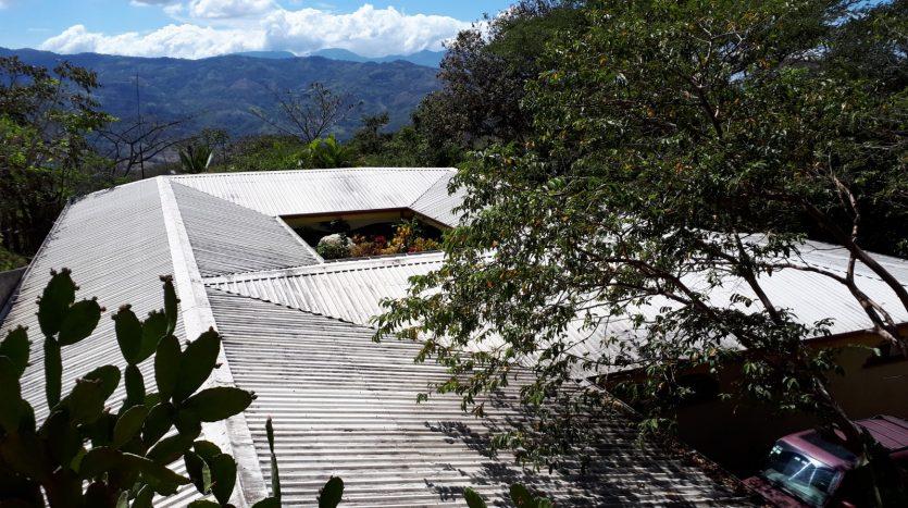 home near Atenas for sale