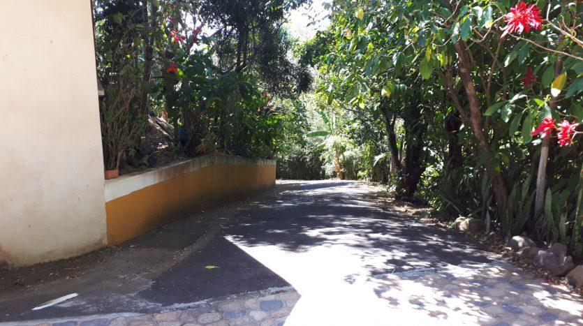 pura vida property deals in costa rica