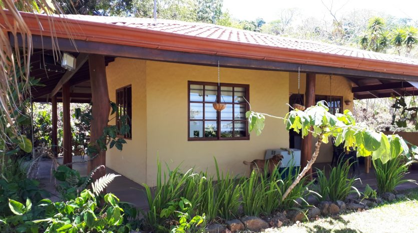 real estate deals in atenas costa rica