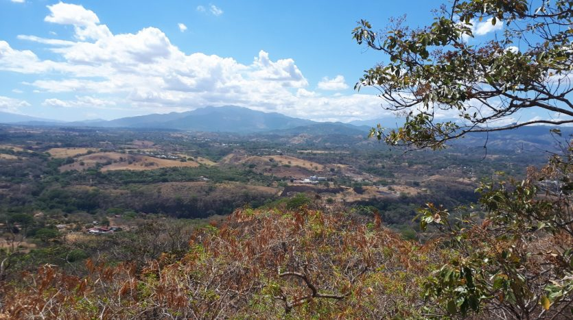 atenas real estate sells homes and building lots in costa rica