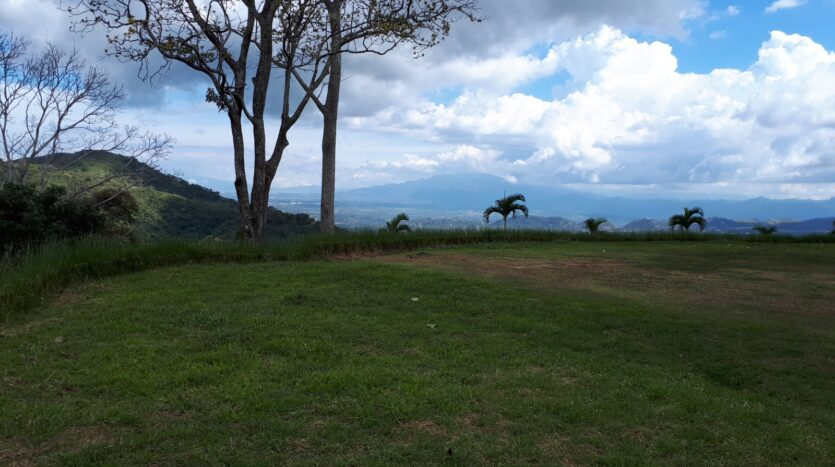 living large in costa rica